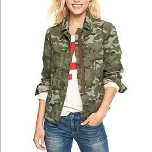 Gap Fitted Camouflage Utility Jacket